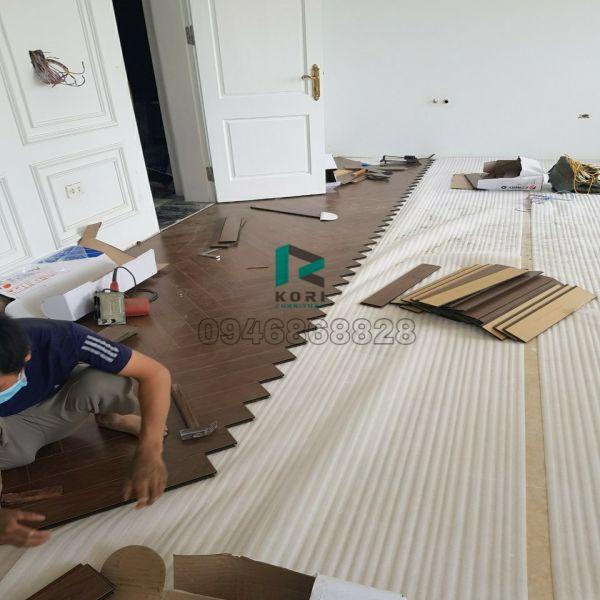 Thi công sàn gỗ công nghiệp Bo To