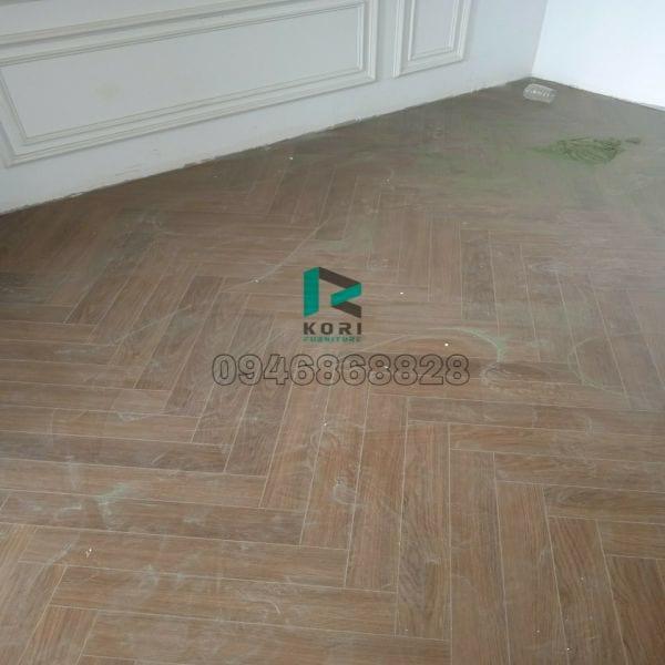 Hoàn thiện sàn gỗ công nghiệp