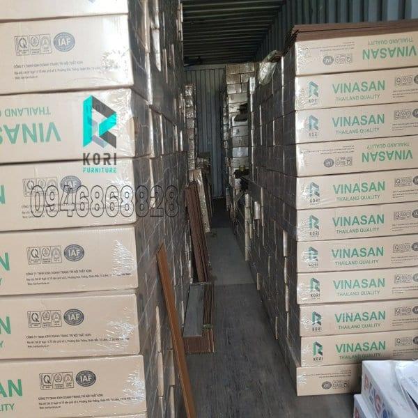 Kho sàn gỗ công nghiệp tại Hà Nội